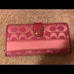 Coach Signature Fuchsia c zip around wallet